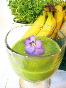 Green smoothie for health