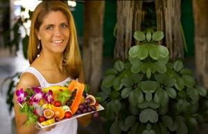 Loiuse Koch with fruit platter